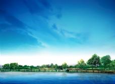 藍天白云 草地