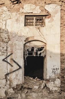破落的門洞