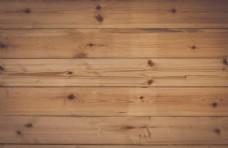 有钉子的木板