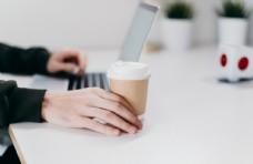 办公商务咖啡平板笔记本样机背景