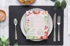 餐厅菜单样机PSD免费素材